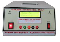 Bomb Calorimeter with Automatic Calculation