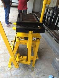 Manual Concrete Bricks Making Machine 4 Cavity