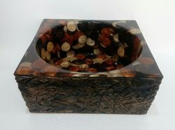 Trunk Brown Pebbles Washbasin