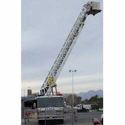 Various Degree Tiltable Mobile Tower Ladder for Rental
