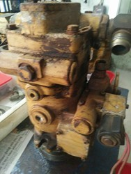 Caterpillar Hydraulic Pump Service