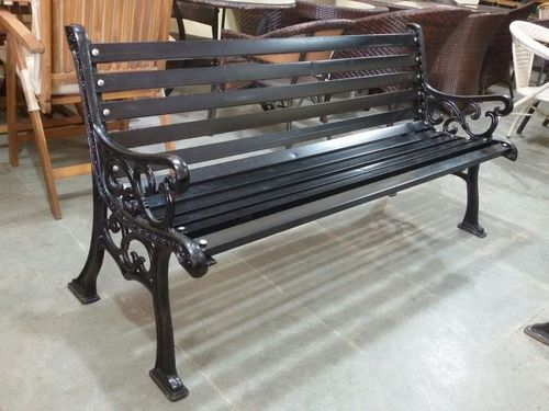 Outdoor Bench Metal Garden Bench Wholesale Supplier from Mumbai
