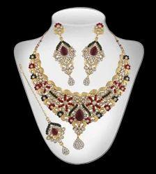 Necklace Set With Maang Tika