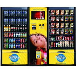 Smart Double Cabin Vending Machine with Cash Acceptor