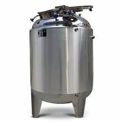 S S Storage Tanks