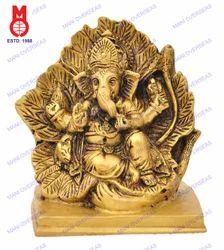 Ganesh Sitting in Leaf Sq. Base Statue