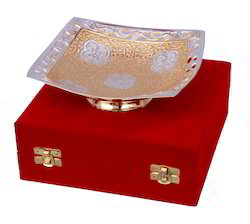 VESPL Silver Gold Plated Square Shaped Bowl Set