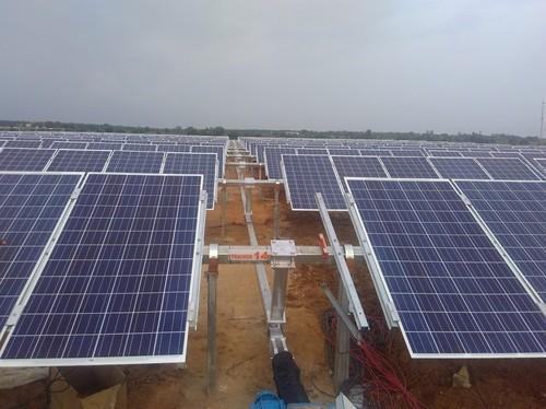 Solar Tracking System Single Axis Solar Tracking System