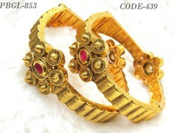 New Designer Flower Shape Polki Bangles