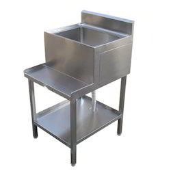Single Sink with Blender Station