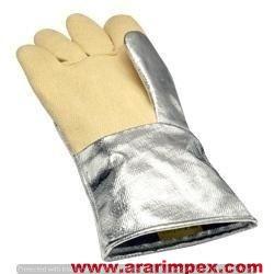 Cut Proof Heat Proof Gloves