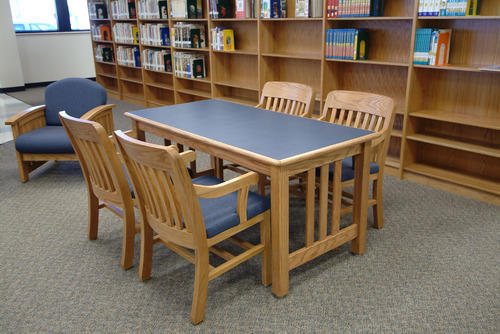 Gentil Wooden Library Table With Chair