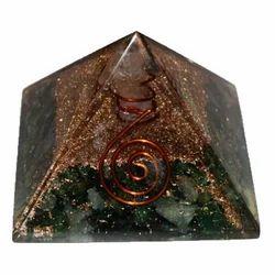 Orgone Pyramid Of Green Aventurane With Base 6cm