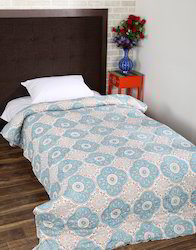 Trendy Design Cotton 97 x 64 inches Floral Quilted Coverlet