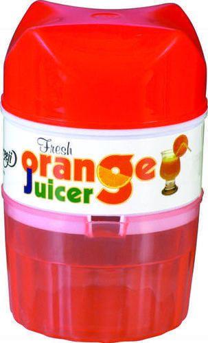Juicer seen tv on store blender as