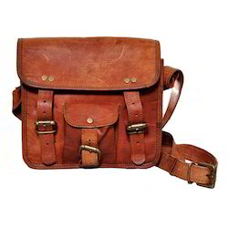 Junkyard Leather Messenger Bag- Axel