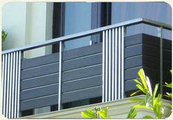 Decorative grill in ludhiana punjab suppliers dealers for Balcony designs in pakistan