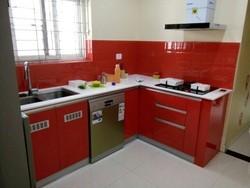 Designer Moduler Kitchen And Cupboards