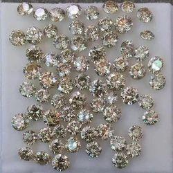 Yellowish White Moissanite Diamond