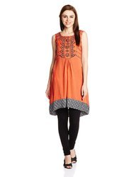 Beautiful Floral Embroidered Kurti