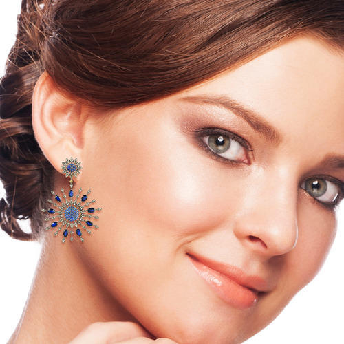 Sapphire Diamond Dangle Earring