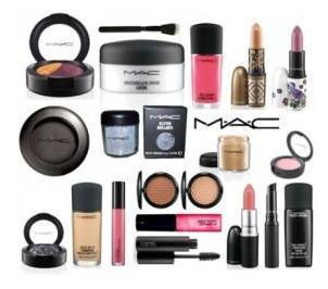 Beauty Care Product - MAC Makeup Kit Wholesale Trader From New Delhi