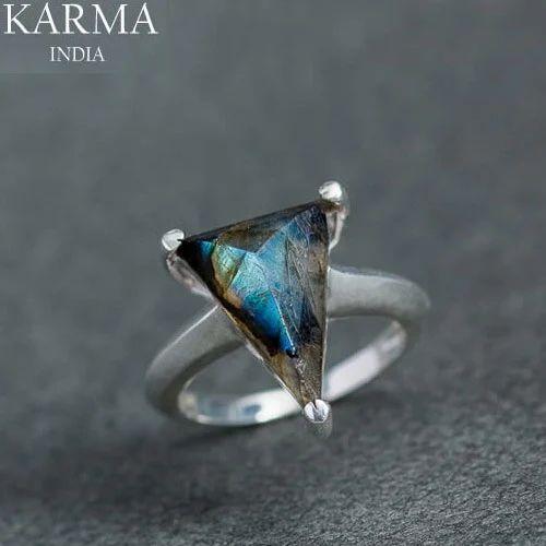 Designer Sterling Silver Ring with Labradorite