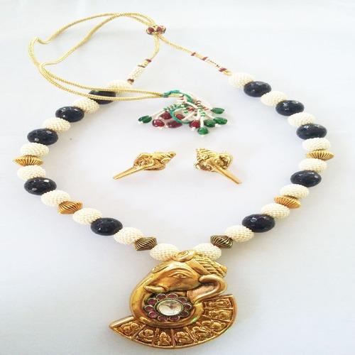 Ganesh Temple Pendant Necklace Set