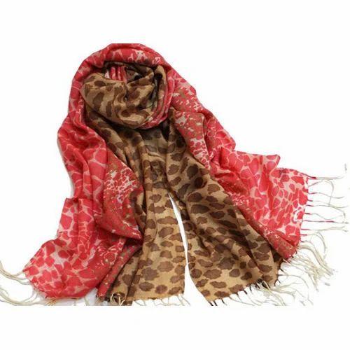 Ladies Woolen Shawl