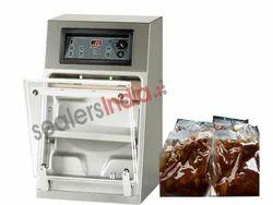 Toucan Regular Liquid & Gravy Vacuum Packaging Machines