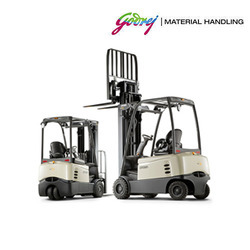 Crown 1.25 to 2 Ton 3 wheel Battery Operated Forklift