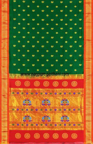 http://4.imimg.com/data4/KD/GD/MY-8134652/green-south-paithani-silk-saree-500x500.jpg