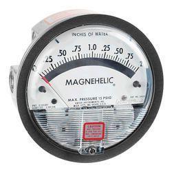 Dwyer Digital Differential Pressure Gauge