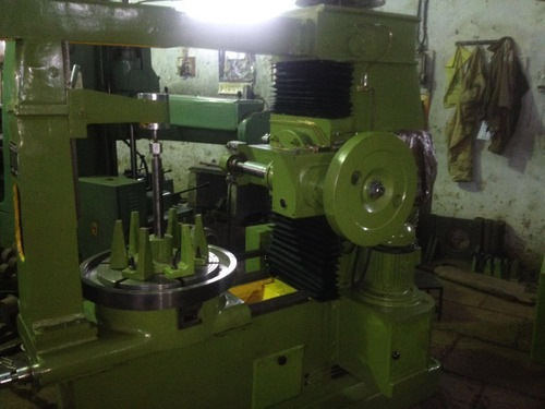 Helical Gear Hobbing Machine