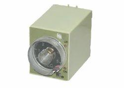 SE-ST3PA-F Timer 220/24 AC/DC