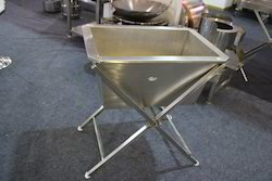 Rectangle Waste Bucket Bin With Folding Stand