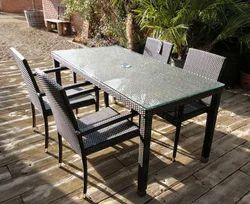 Pool Side Dining Furniture