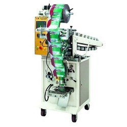 Conveyer Type Packing Machine