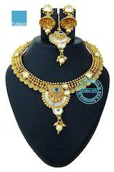 Traditional Kundan Stone Studded Necklace Set