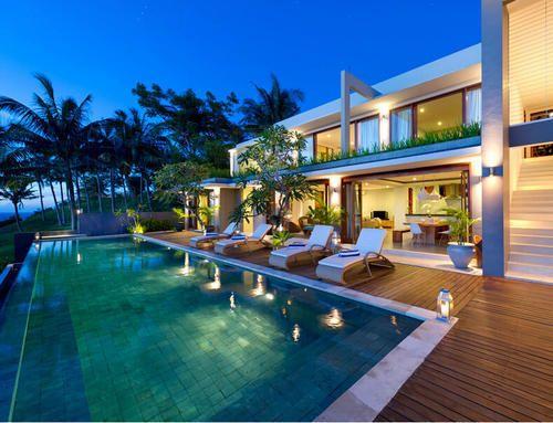 Poolside & Beach Furniture