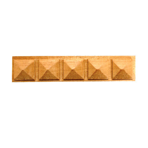 Exceptionnel Pyramid Decorative Wood Beading