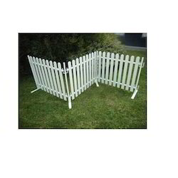 portable picket fence