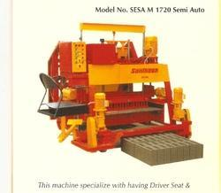 16 Blocks Semi Automatic Concrete Block Making Machine(1720)