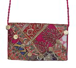 Ethnic Clutches With Coin