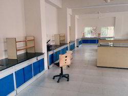 Modular Lab Table