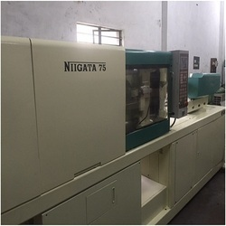 Nigatta 75 Ton Injection Moulding Machine