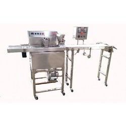 chocolate enrober machine