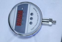 Digital Pressure Switch with Retransmitt Output And Display