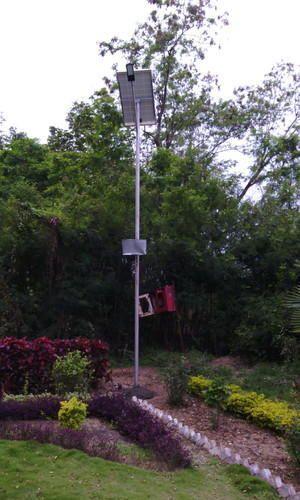 12 Watt LED Solar Street Light
