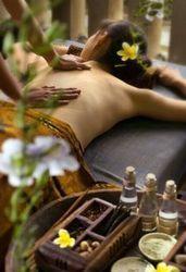 Unwind Massage Oil